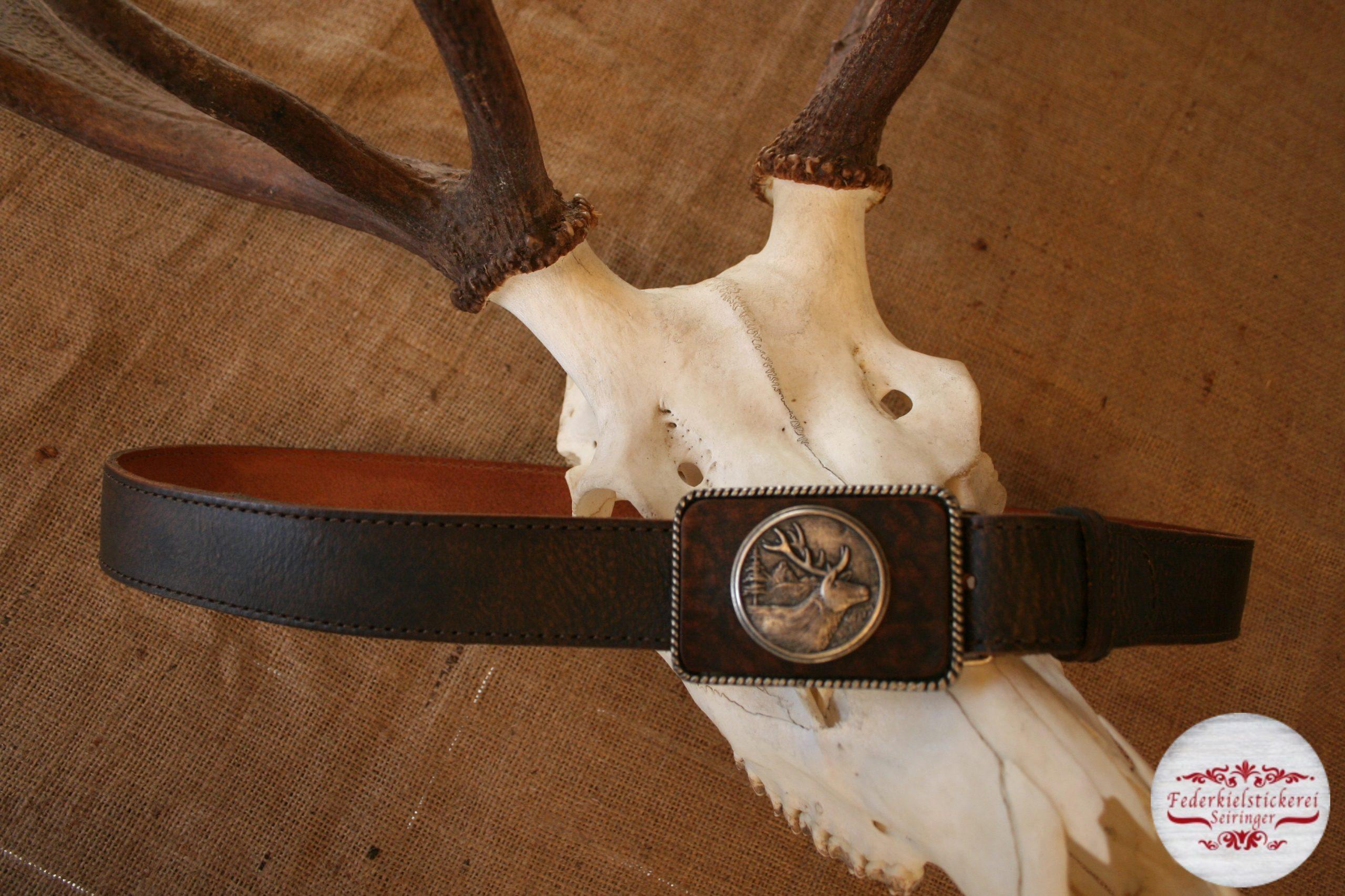 Ledergürtel mit Jagdmotiv