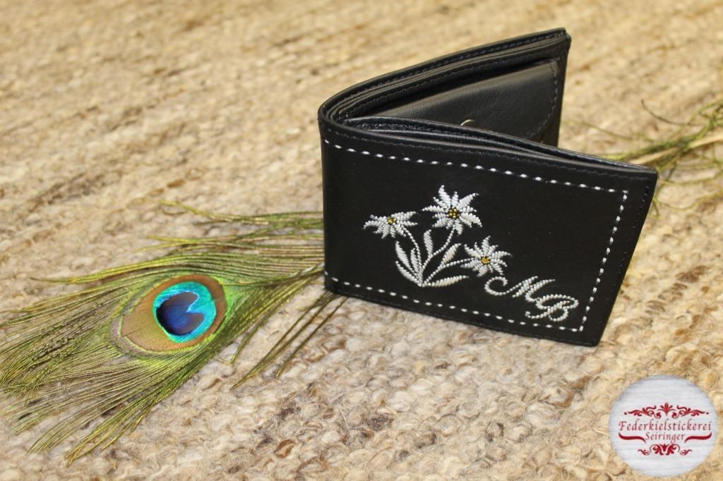 Geldtasche mit drei Edelweiß