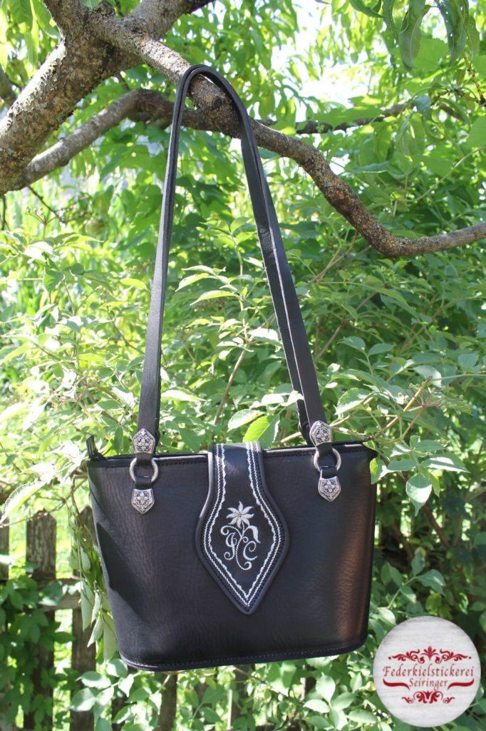 Handtasche mit Edelweiß