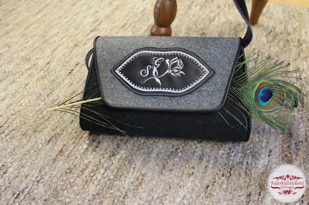 Handtasche in Filz/Leder