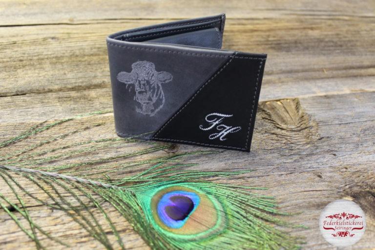 Geldtasche mit gelasertem Kuhkopf