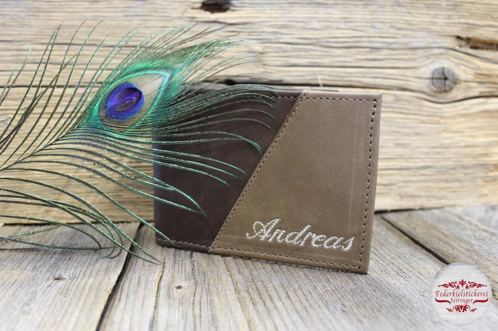 Zweifärbige Geldtasche mit Namen